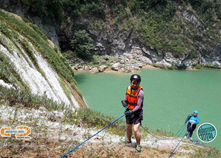 huastecatotal_turismo-aventura-mexico_rappel-en-micos-1