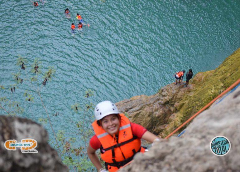 huastecatotal_turismo-aventura-mexico_rappel-en-minas-viejas-23