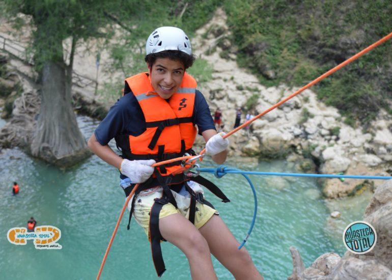 huastecatotal_turismo-aventura-mexico_rappel-en-minas-viejas-27