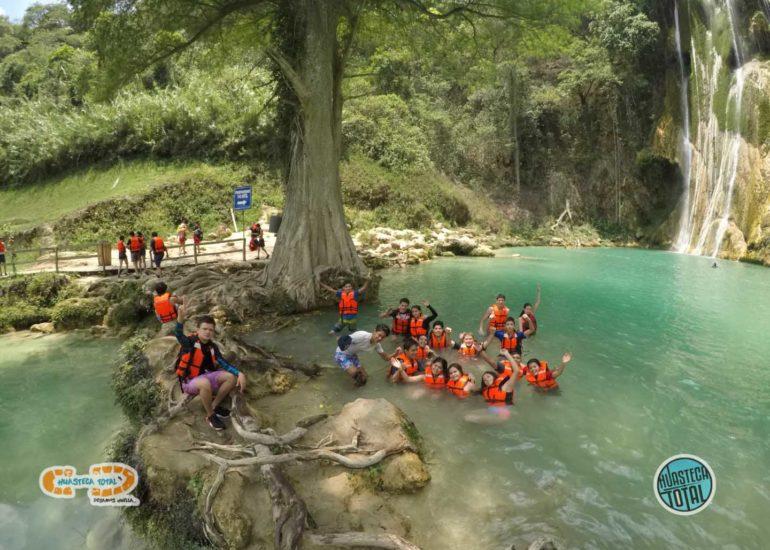 huastecatotal_turismo-mexico-ecoturismo_turismo_grupal16