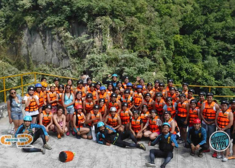 huastecatotal_turismo-mexico-ecoturismo_turismo_grupal3