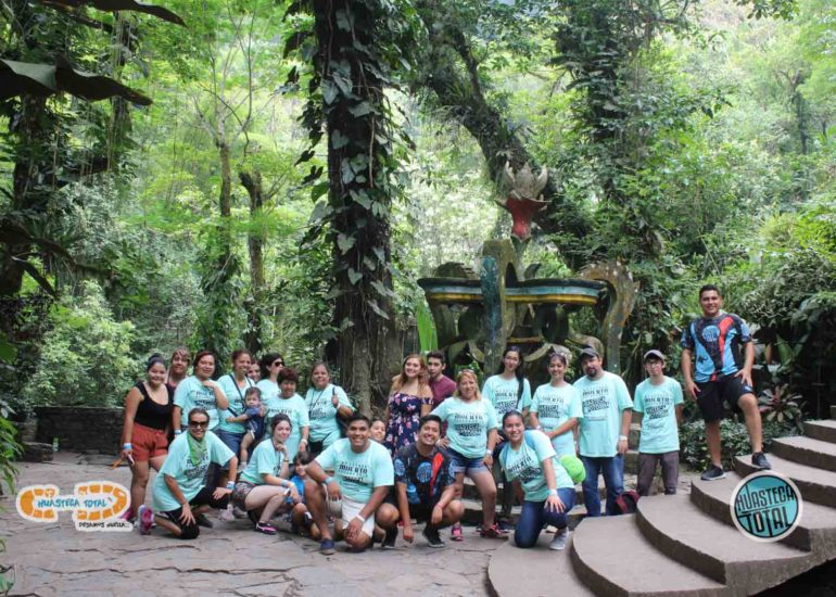 huastecatotal_turismo-mexico-ecoturismo_turismo_grupal34